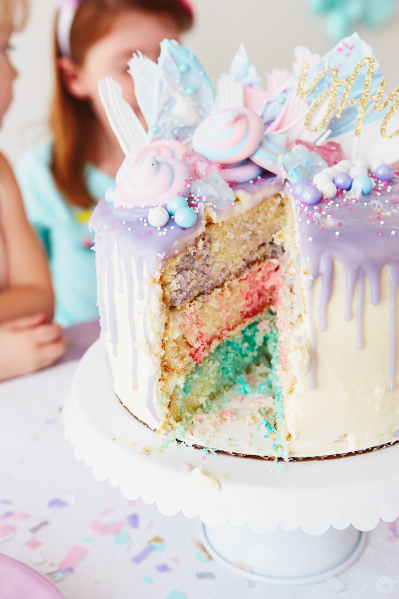 Cake sliced to swirled colors on the inside