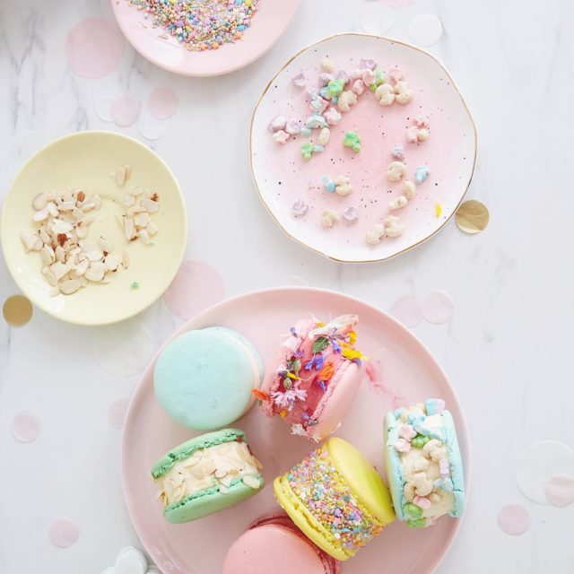 Sprinkles and cereal and edible flowers oh my! Loving thesehellip