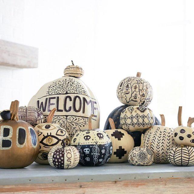 Sunday squashgoals! These nocarve pumpkin decorating designs are a funhellip