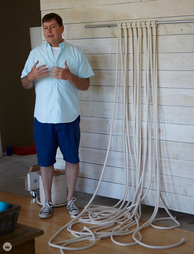 A Hallmark prop stylist teaches us how to macrame | thinkmakeshareblog.com
