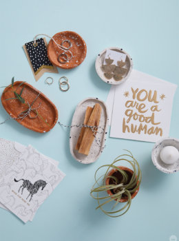 DIY clay bowls: easy to make and fun to give