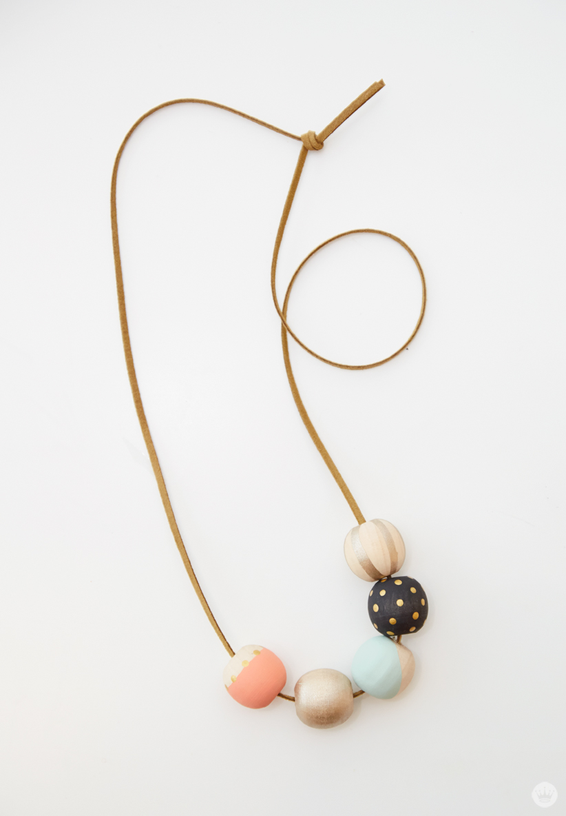 DIY Painted Bead Necklace from Hallmark | thinkmakeshareblog.com