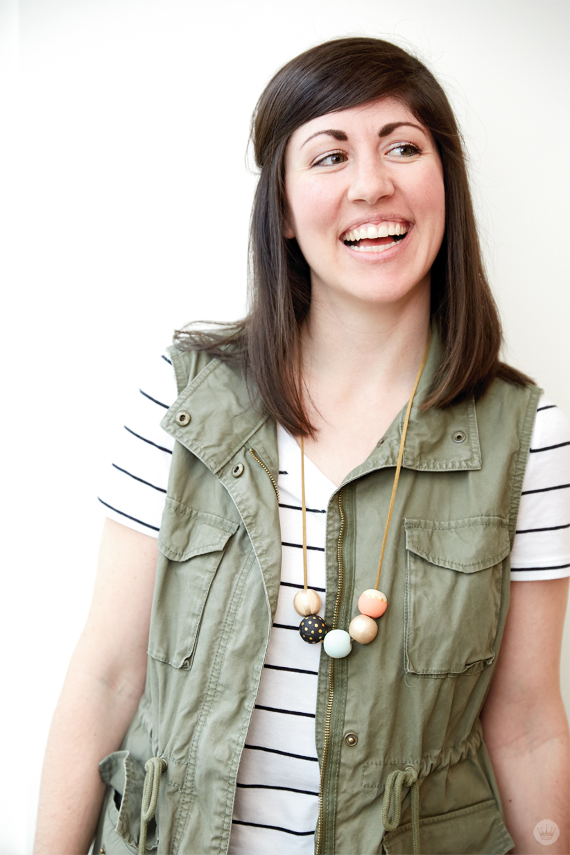 DIY-Painted-Bead-Necklace-from----Hallmark-_-thinkmakeshareblog