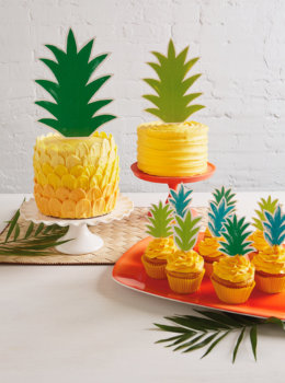 DIY ombré brush stroke pineapple cake with free topper downloads