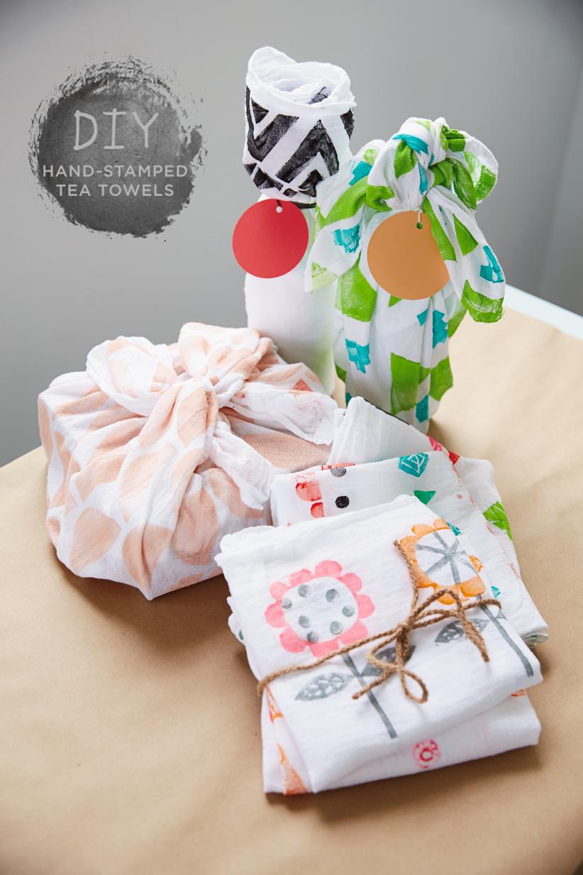 DIY-hand-stamped-tea-towels-_-thinkmakeshareblog