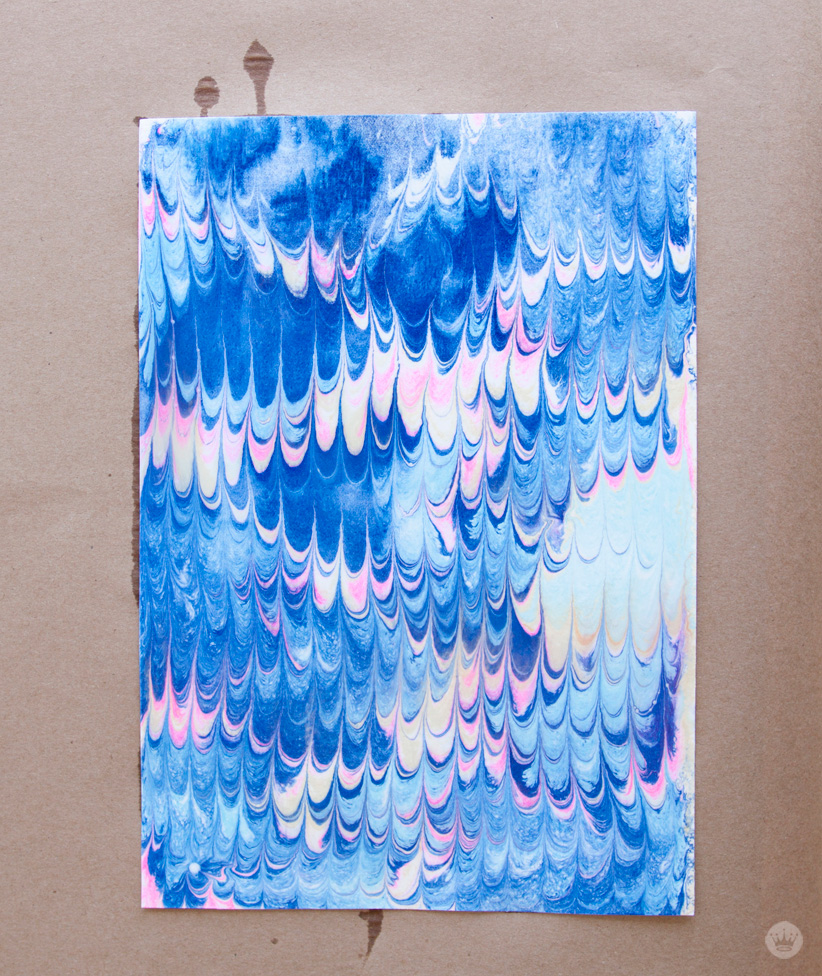 DIY marbled paper techniques | thinkmakeshareblog.com