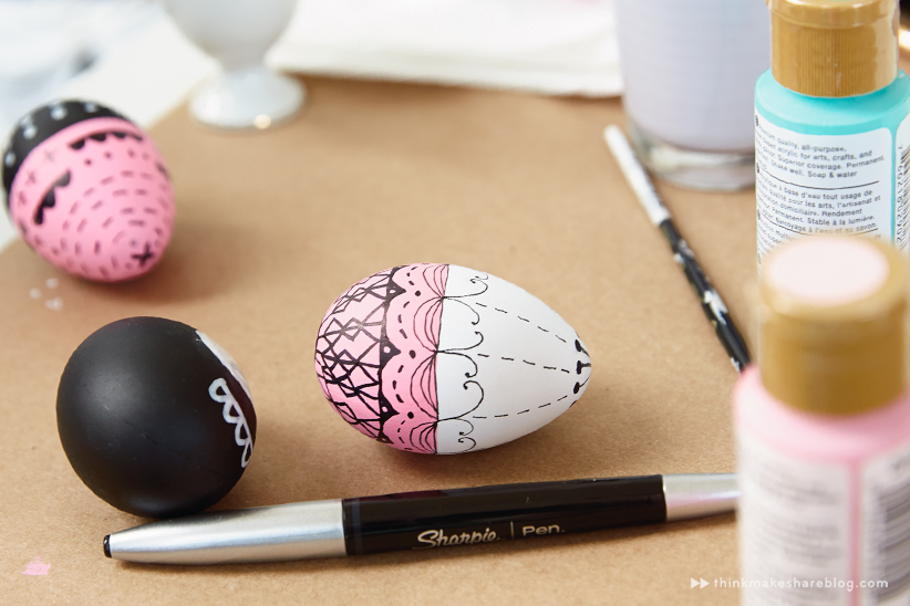 ... Hallmark artists decorate Easter eggs & DIY hand-painted Easter egg ideas from Hallmark artists - Think ...