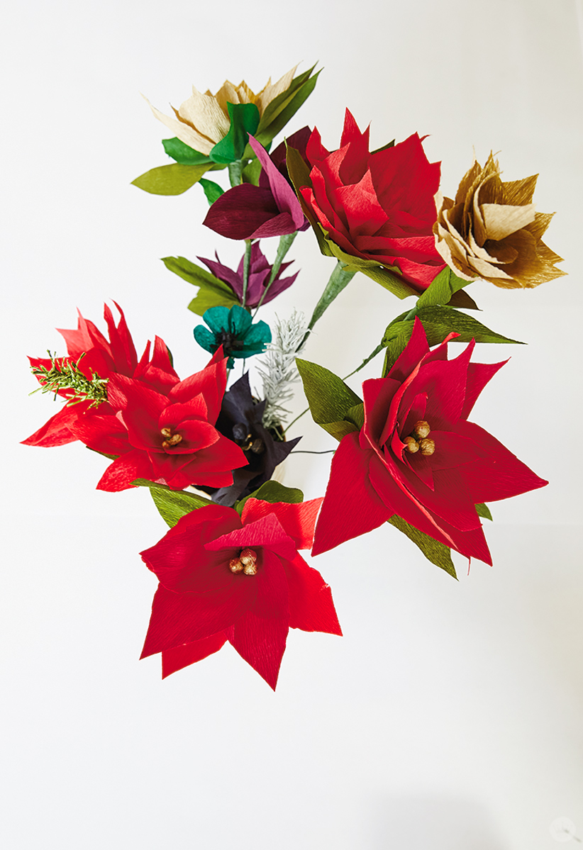 DIY paper poinsettia bouquet