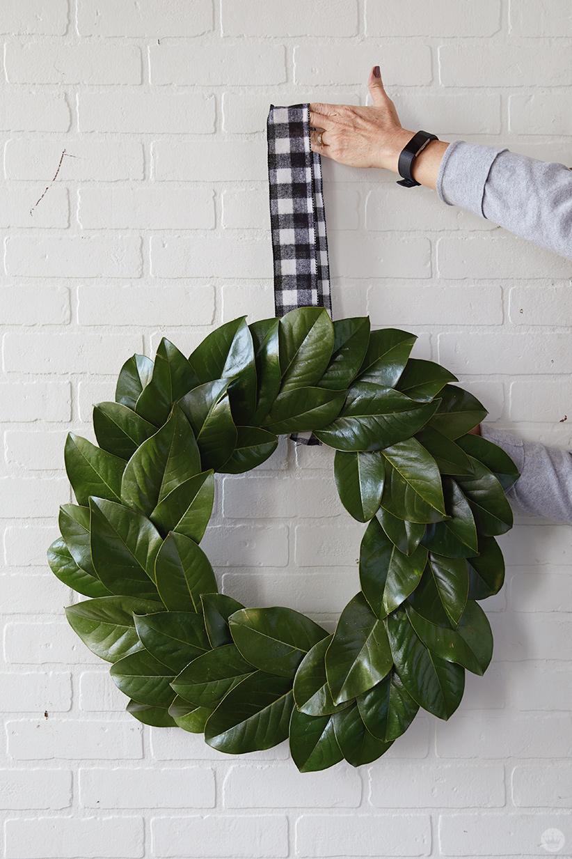 how to make a styrofoam christmas wreath