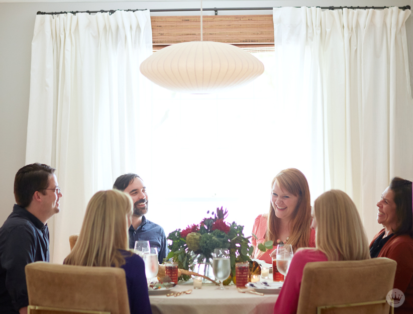 Host a No Fuss Friendsgiving Dinner   thinkmakeshareblog.com