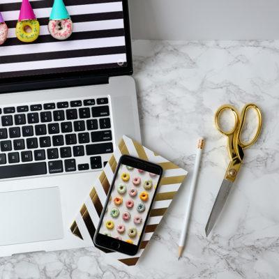 June Desktop and Mobile Donut Wallpapers | thinkmakeshareblog.com