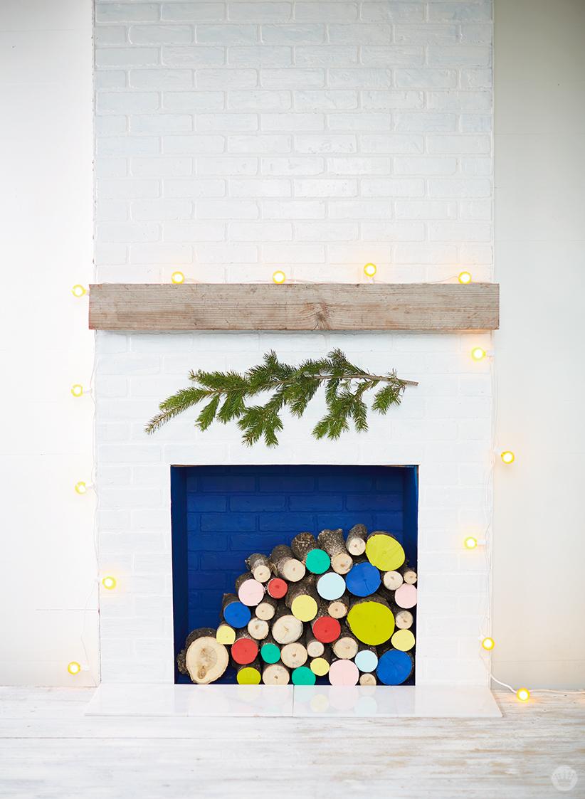 5 modern christmas decor ideas think make share for Contemporary christmas decorating ideas