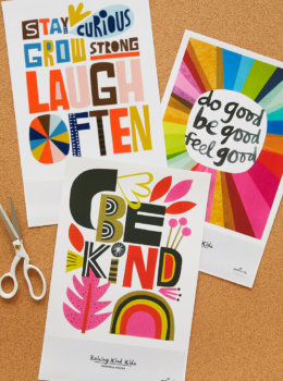 Download free printable classroom posters and hang up inspiring words