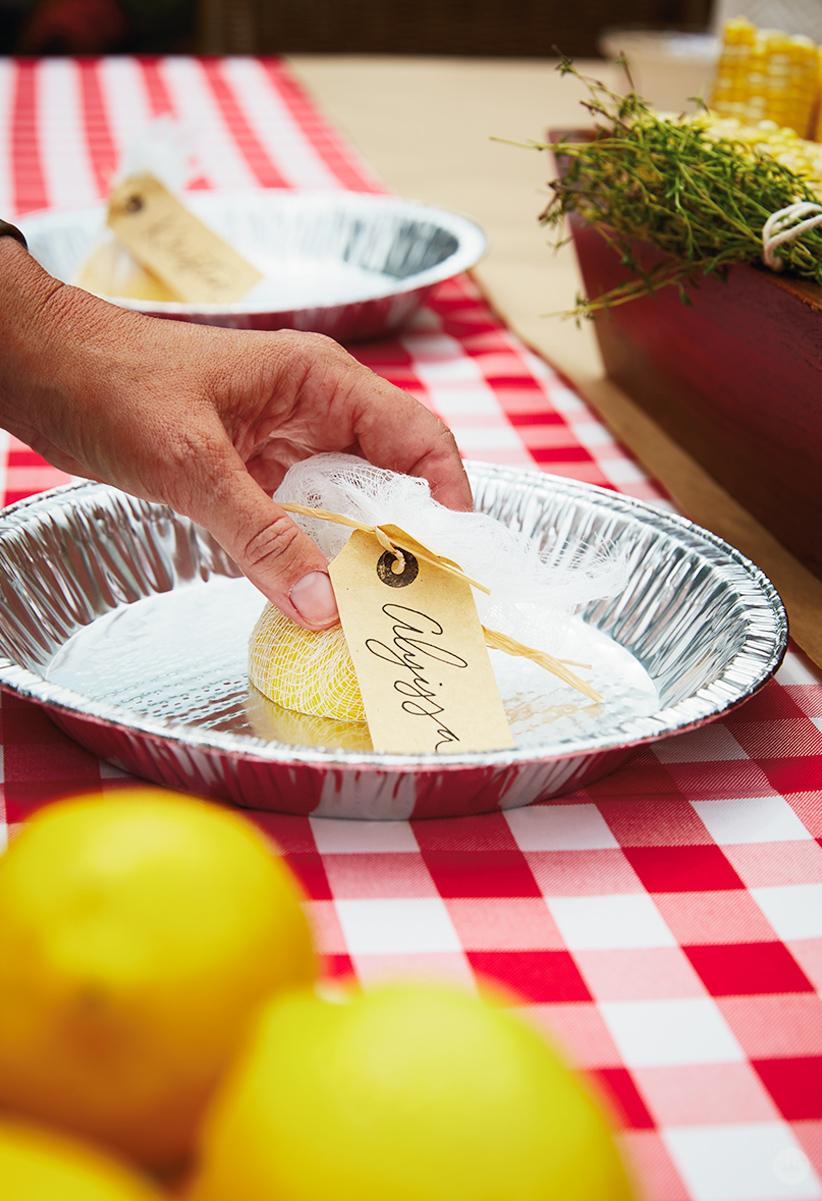 Lemon-half place cards in foil pie pans